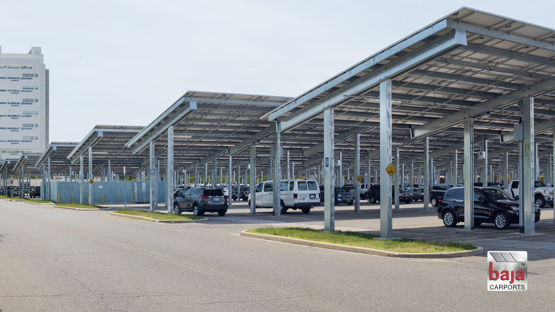 new york county court in solar covered parking